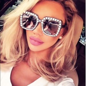Accessories - Large Bling Inspired Sunnies!
